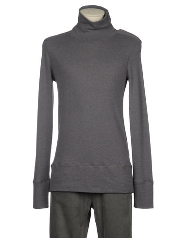 NUUR - High neck sweater