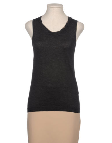 WOOD - Sleeveless sweater