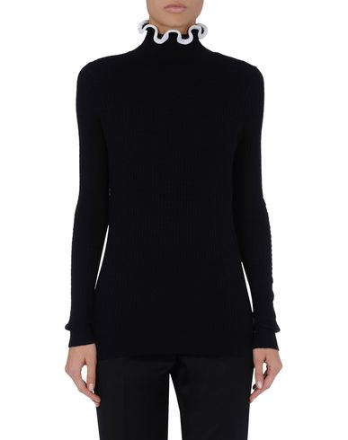 Ruffle Rib Roll-Neck
