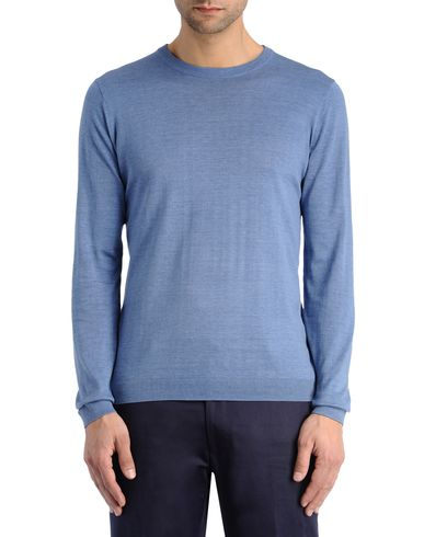 Luxe Essential Long-Sleeved Tee