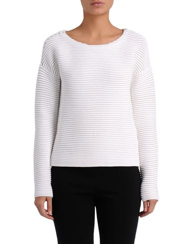 Knitted Round Neck