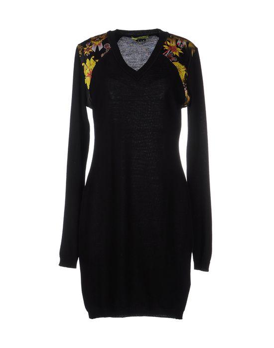 Фото VERSACE JEANS Короткое платье. Купить с доставкой
