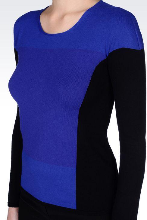 COLOUR BLOCK JUMPER IN VISCOSE BLEND : Crewneck sweaters Women by Armani - 5