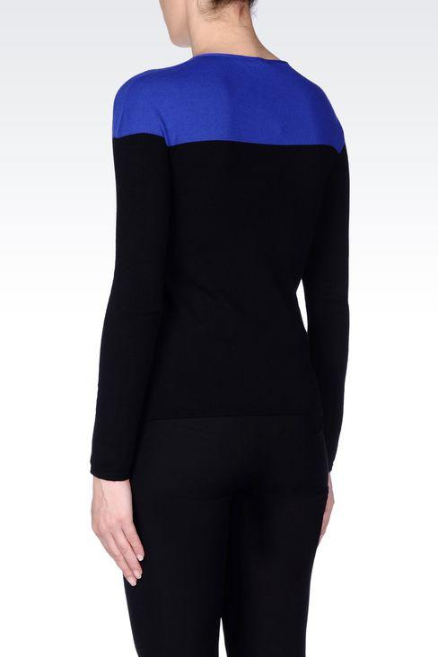 COLOUR BLOCK JUMPER IN VISCOSE BLEND : Crewneck sweaters Women by Armani - 4