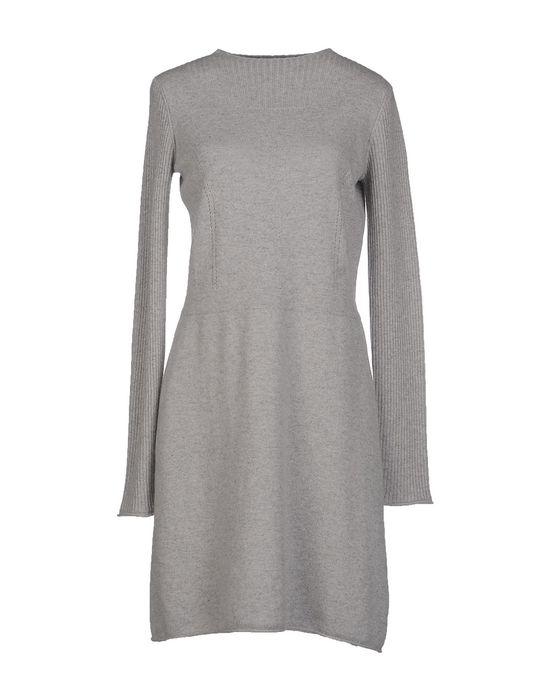 Фото QI CASHMERE Короткое платье. Купить с доставкой