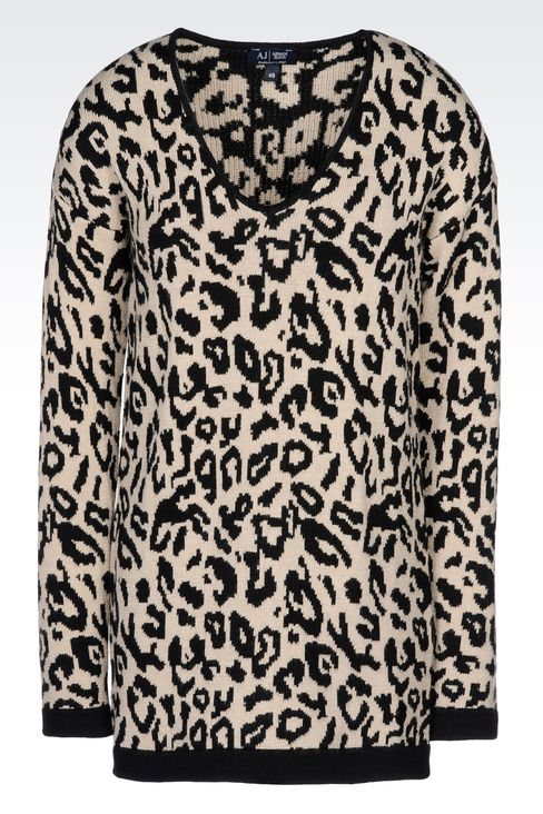 OVERSIZE JUMPER IN ANIMAL PRINT WOOL BLEND: V  neck sweaters Women by Armani - 1