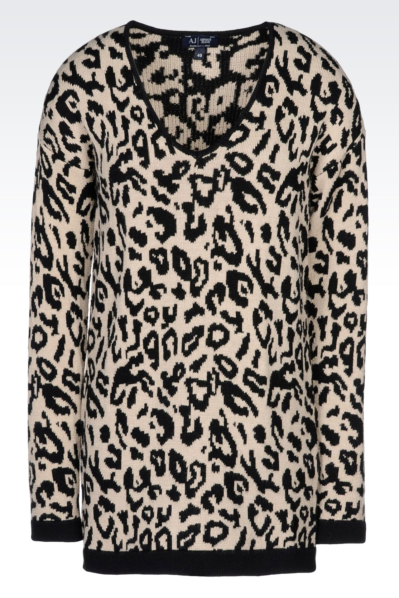 OVERSIZE JUMPER IN ANIMAL PRINT WOOL BLEND: V  neck sweaters Women by Armani - 0