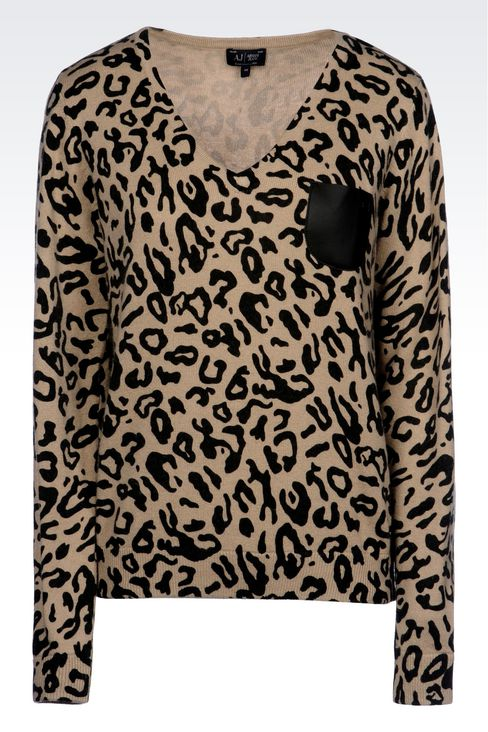 ANIMAL PRINT V-NECK JUMPER: V  neck sweaters Women by Armani - 1