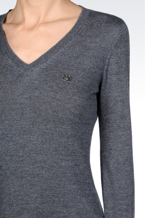 V-NECK SWEATER IN VIRGIN WOOL: V  neck sweaters Women by Armani - 5