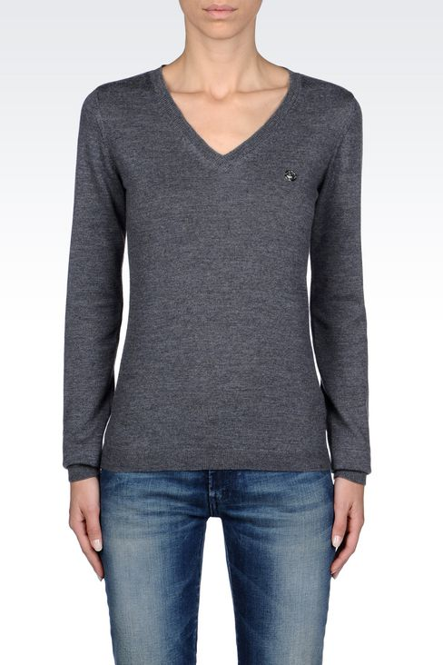 V-NECK SWEATER IN VIRGIN WOOL: V  neck sweaters Women by Armani - 3