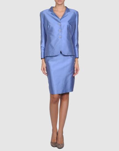 女士西装服装设计图展示