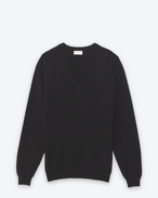 CLASSIC V-NECK SWEATER IN BLACK CAshemere