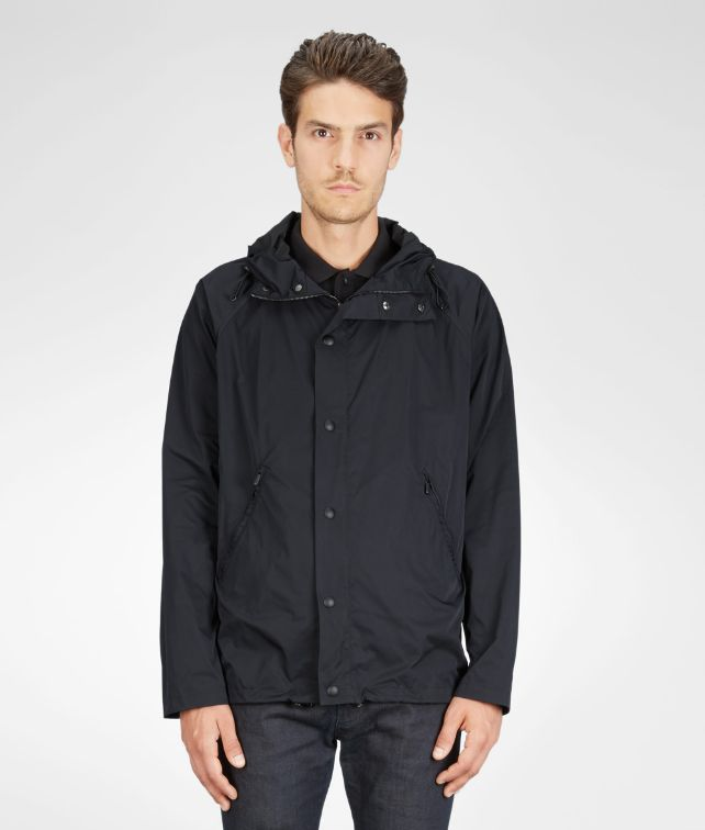 Nero Soft Cloth Travel Hooded Blouson