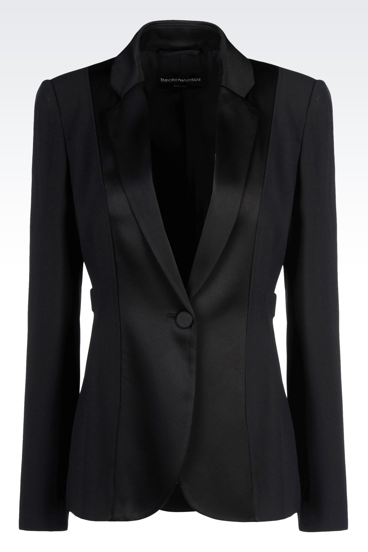 Trust Generation Tux for your affordable tuxedo rentals. Get the latest trends, high.