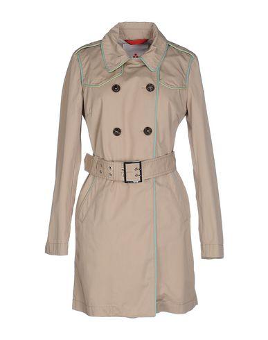 Легкое пальто от PEUTEREY