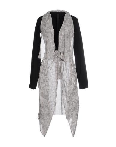 Легкое пальто от GARETH PUGH