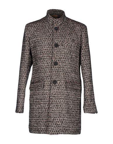 Пальто от NEILL KATTER