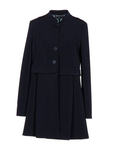 Легкое пальто EMPORIO ARMANI 41690774PQ