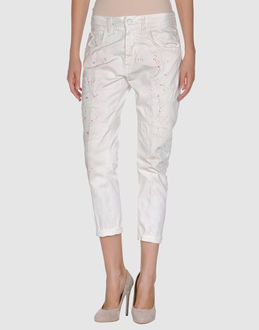 (+) PEOPLE DENIM Denim capris WOMEN on YOOX.COM