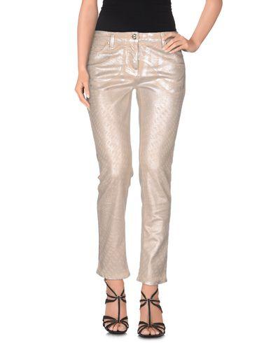Джинсовые брюки ROBERTO CAVALLI 42503590IW