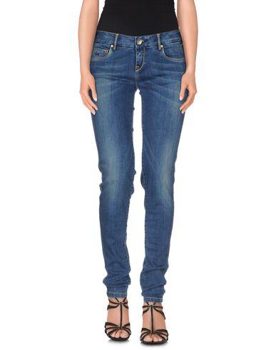Купить недорогие джинсы с доставкой