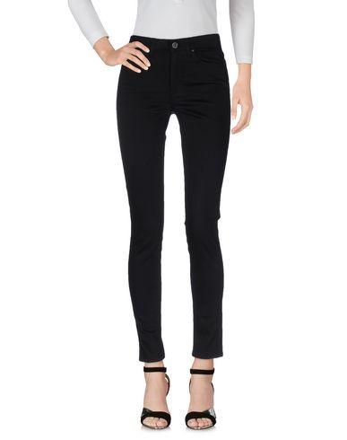 Джинсовые брюки ACNE STUDIOS 42517138MQ