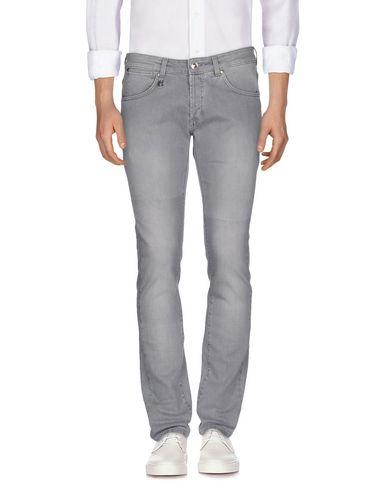 Джинсовые брюки PIERRE BALMAIN 42553832VW