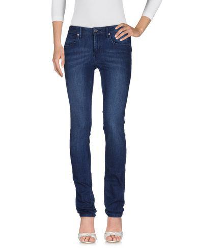 Джинсовые брюки BURBERRY 42559644BL