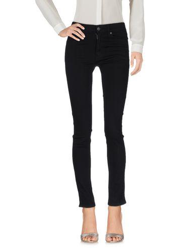 Повседневные брюки CHEAP MONDAY 42570179PA