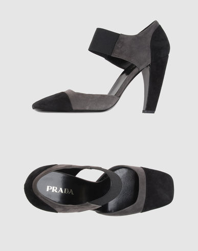 PRADA - Closed-toe slip-ons