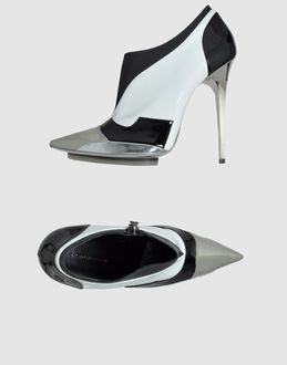 BALENCIAGA - FOOTWEAR - Shoe boots - on