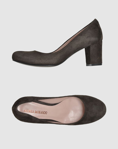 ANDREA MORANDO - Closed-toe slip-ons