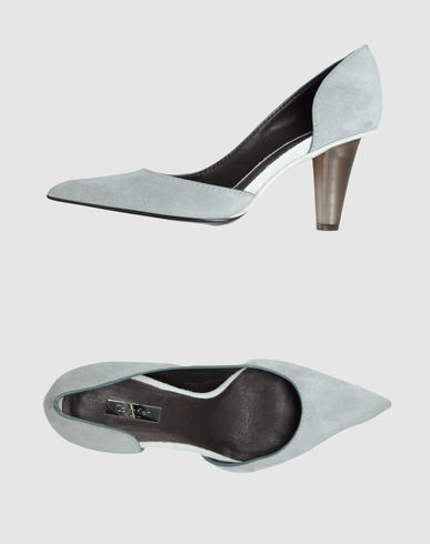 CALVIN KLEIN COLLECTION - Closed-toe slip-ons 