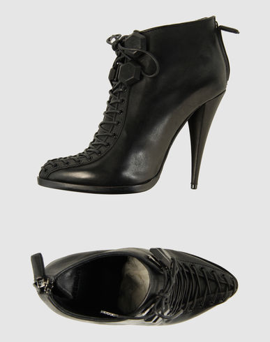 GIVENCHY - Lace-up shoes