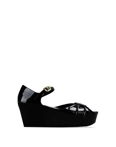 Moschino, Wedge