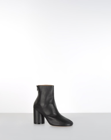 COLLECTION DÉFILÉ Ankle boots