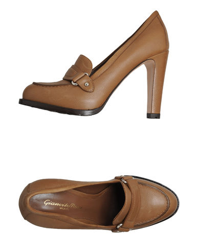GIANVITO ROSSI - Moccasins with heel