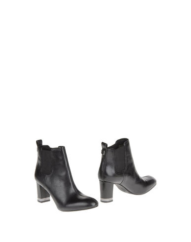 TORY BURCH - Ankle boots