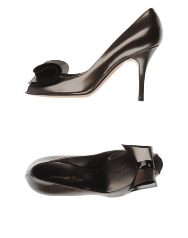 GIANVITO ROSSI - Courts with open toe