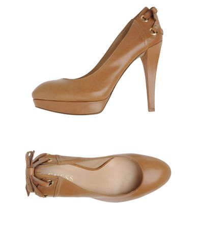 GUESS - Platform pumps