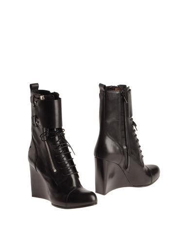 COSTUME NATIONAL - Ankle boots