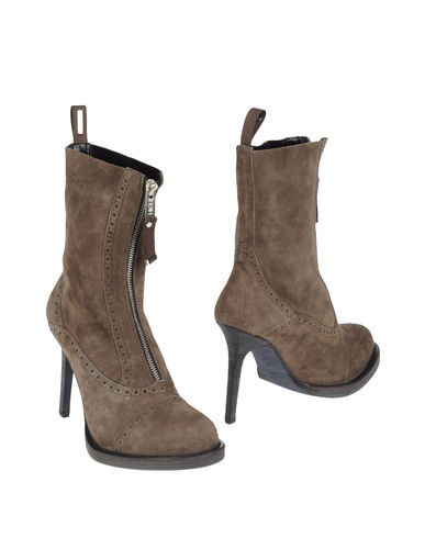HIGH - Ankle boots