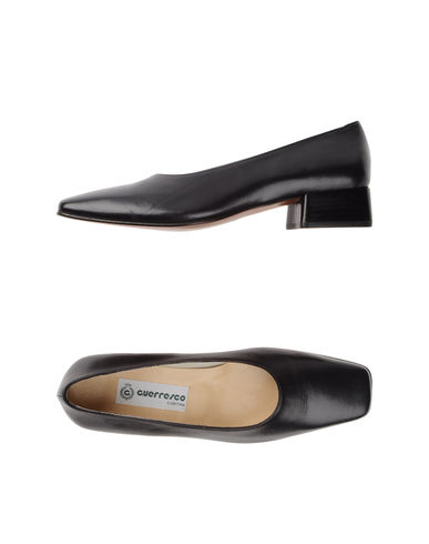 GUERRESCO - Closed-toe slip-ons