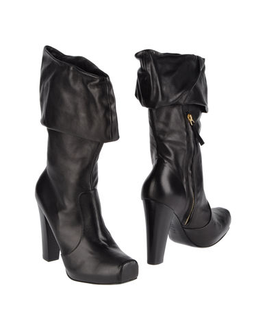 ALEXANDER MCQUEEN - High-heeled boots