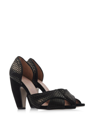 KG KURT GEIGER Pumps  Heels Open toe on shoescribe