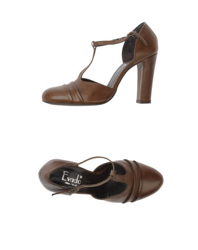 EVADO - Closed-toe slip-ons