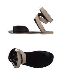 CALVIN KLEIN COLLECTION - Nu-pieds et tongs