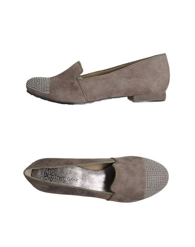 PRETTY NANÃ - Closed-toe slip-ons