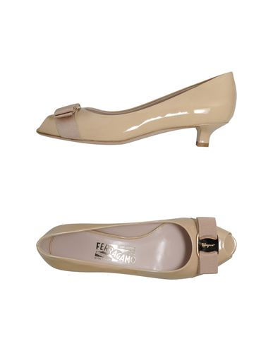 SALVATORE FERRAGAMO - Courts with open toe