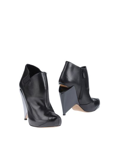 NICHOLAS KIRKWOOD - Ankle boots